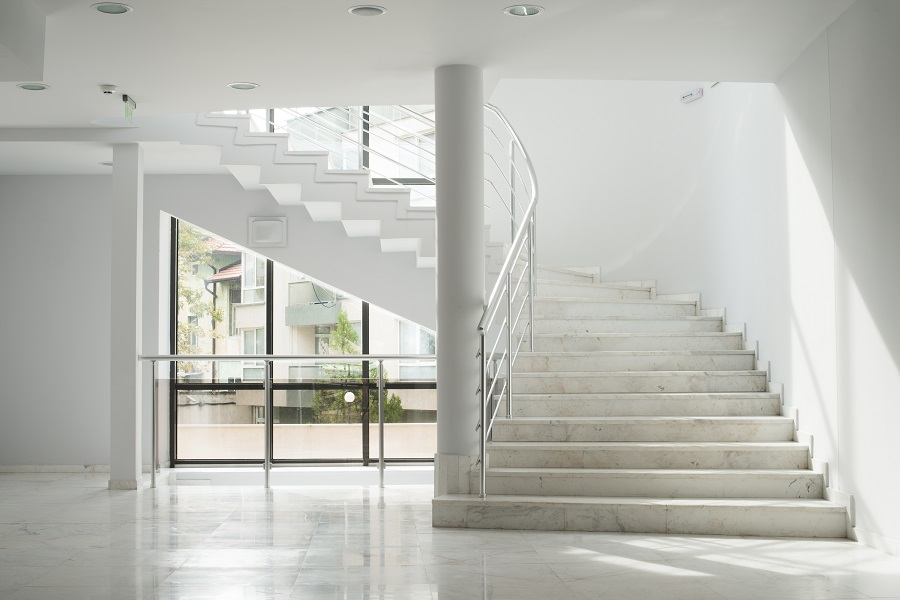 cleaning - interior of a building with white walls PFK29XD - Pioneer Quality Services – Homepage